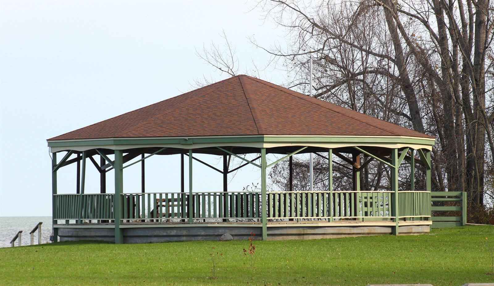 Picture: Piconning Park gazebo